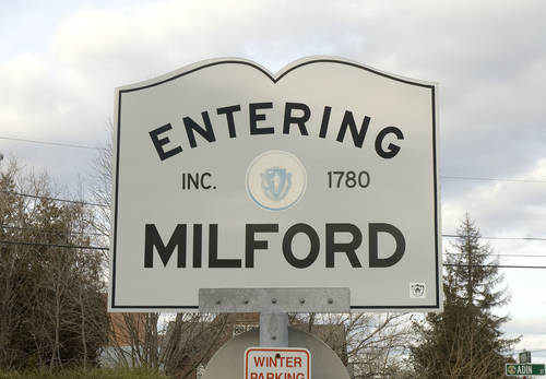 Entering Milford, MA 01757 Sign
